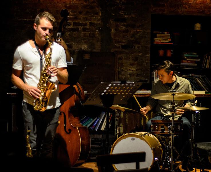 Jazz at Portfolio Coffee House: Long Beach, California