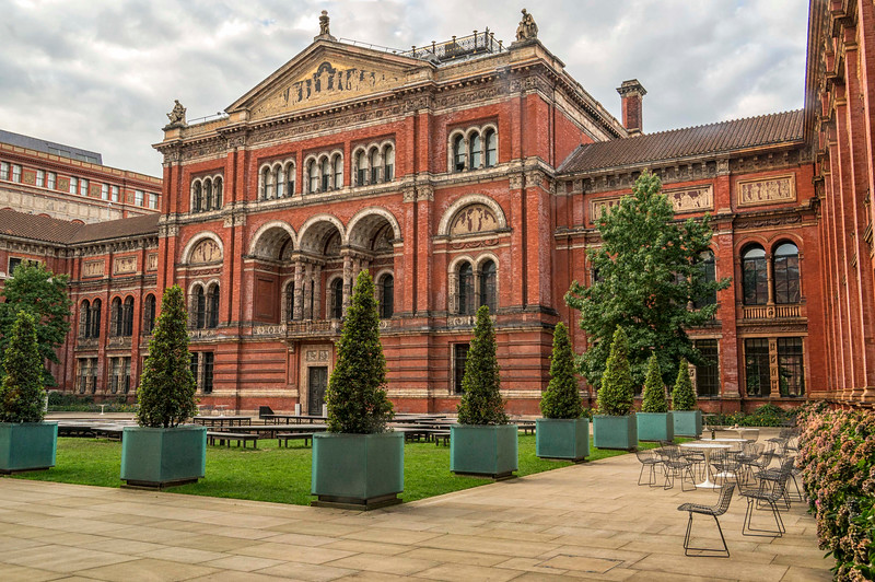 Courtyard at the Victoria and albert museum!