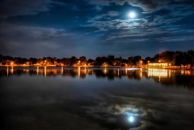 Full Moon rising over Wash Park