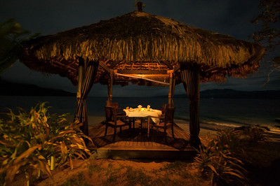 We had a sweet dinner here next to the beach