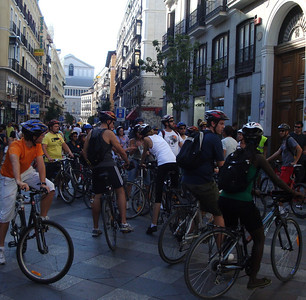 Tour de Madrid!!  These guys don't look as fast as the French?