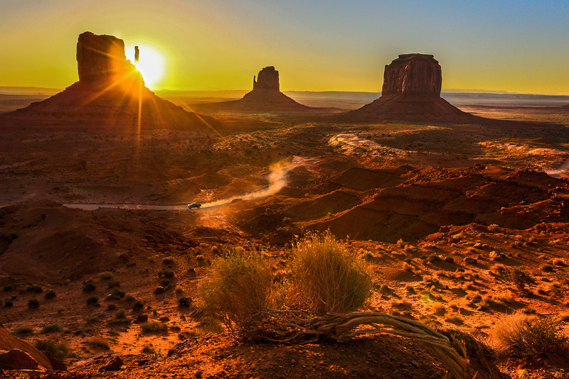 'Monument Valley Sunrise'