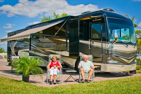 5 star; CoBear; Colbert; Englewood; Florida; Lew Thompson; Myakka River; Myakka River Motorcoach Resort; Port Charlotte; RV; Velma Thompson; campground; casual; luxery; motorcoach; palm tree; resort; river; river front; river view; site