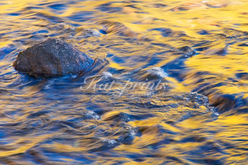 Yellow ripples (Liquid Light Series)