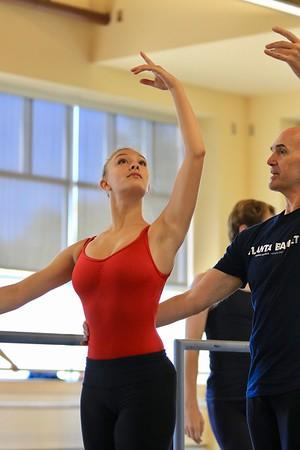 U of H Ballet Class