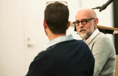 Artist Daniel Clowes is interviewed by Daniel Raeburn during a presentation at the Regenstein Library Tuesday, March 29, 2015. photo by Jean Lachat