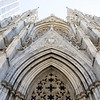 NEW YORK CITY. MANHATTAN. 5TH AVENUE. FACADE OF THE ST. THOMAS EPISCOPAL CHURCH.