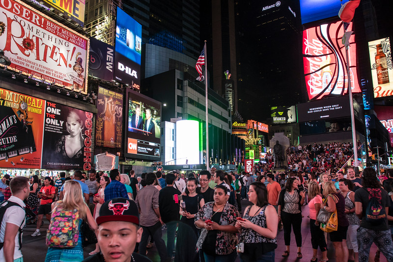 NEW YORK CITY. MANHATTAN. TIMES SQUARE AT NIGHT.