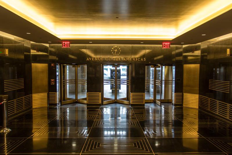 NEW YORK CITY. MANHATTAN. NBC BUILDING.