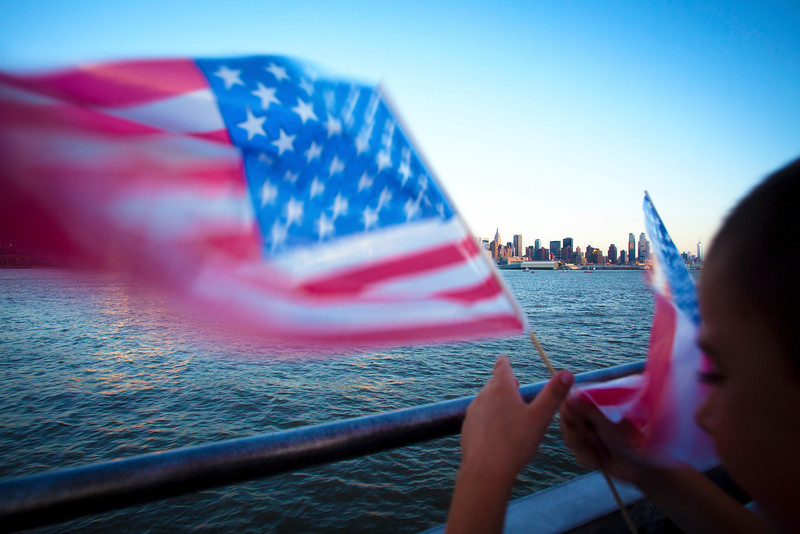 NEW YORK CITY. MANHATTAN SEEN FROM THE HUDSON RIVER. 4TH OF JULY