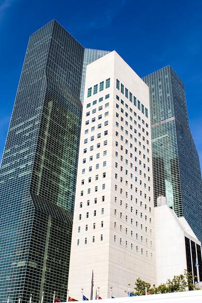 NEW YORK CITY. MANHATTAN. UNITED NATIONS HEADQUARTERS.