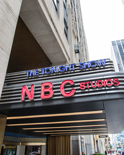 NEW YORK CITY. MANHATTAN. NBC BUILDING.