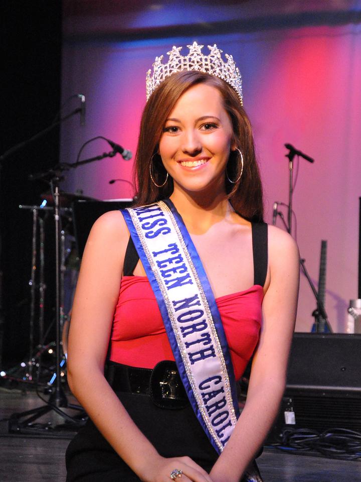 Miss Teen North Carolina - World 2010<br /> Lindsey Baker