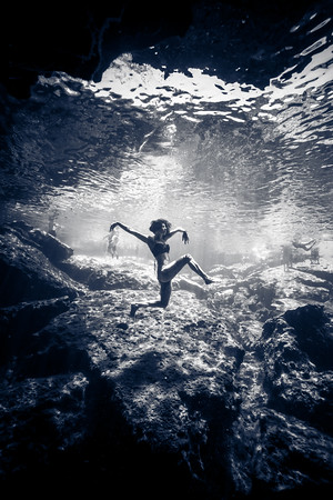 Cenote-Azul-Mexico-Gabe-DeWitt-406-2-2