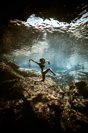 Cenote-Azul-Mexico-Gabe-DeWitt-406-2-2-2