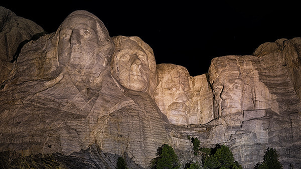 Mt Rushmore w/ night program-Crazy Horse