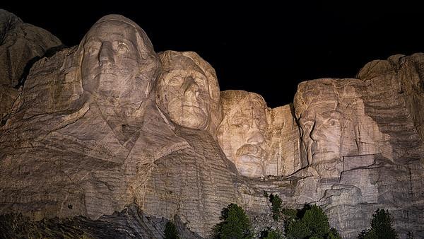 Mt Rushmore w/ night program-Crazy Horse