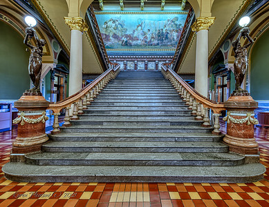 Iowa State Capitol - stairs to 2nd floor