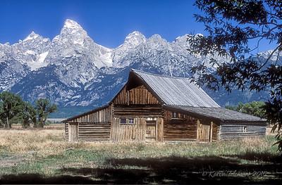 Thomas A. Moulton barn