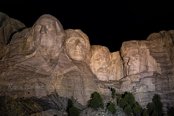 Night @ Mount Rushmore