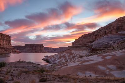 Sunrise at Splotchy Rocks in Lastr Chance Bay