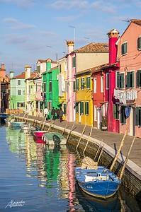 Village coloré de Burano. Venise, 2015.