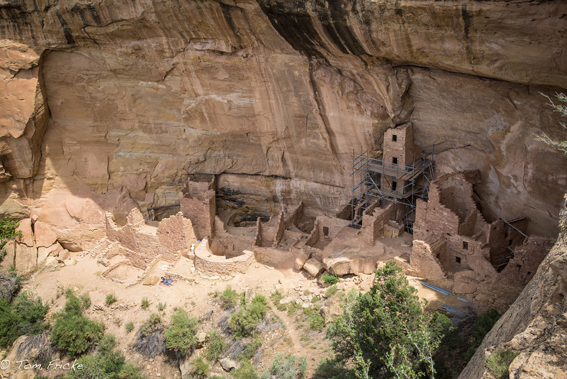 we now see the building techniques have been changed and upgraded over the centuries.... but the keepers of this National Park are maintaining the integrity of these sacred remains of the ancestral pueblo