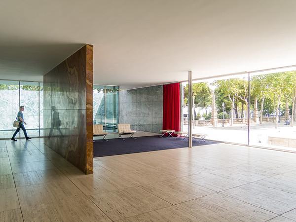 Barcelona Pavilion (Mies Van Der Rohe), Barcelona