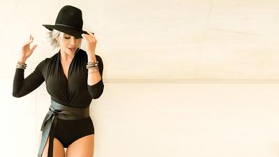 Karina Bacchi Cover Acontece Magazine