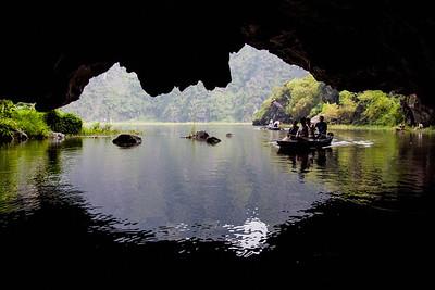 Hang Ca Cave
