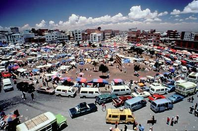 Market 16 de Julio, 1995.