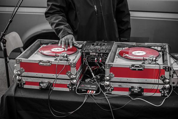 Red DJ