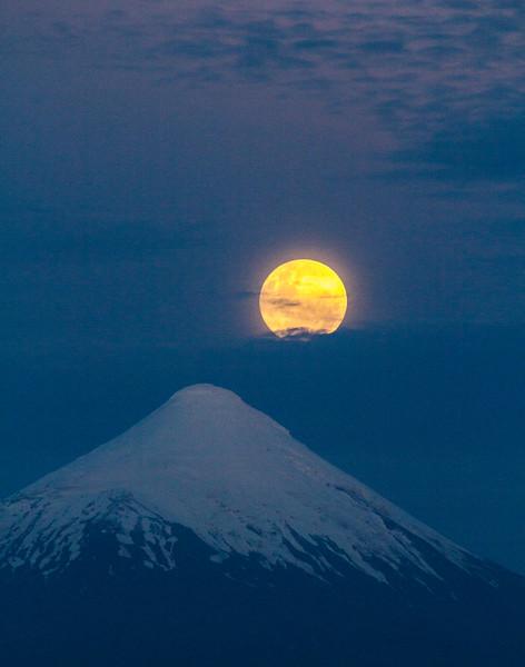 Hot Moon on Snow