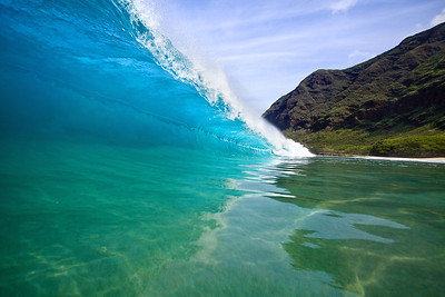 This break is one of the heavier breaks on oahu.  If you're out of position by only 1 foot you could either get crushed by the wave or miss the barrel completely.