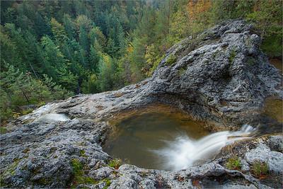 Waterfall V Kotlu