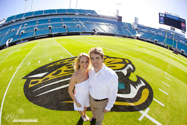 Jacksonville Jaguar engagement photographer