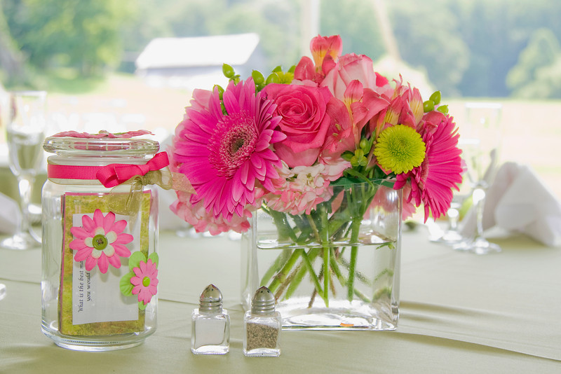 Maryland Wedding Photography - table centerpieces