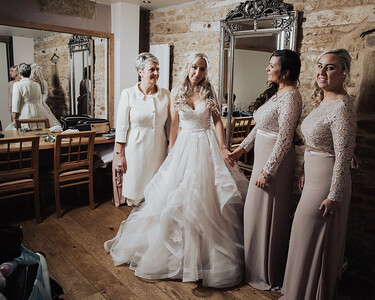Dodford Manor Wedding photography--By-Oliver-Kershaw-Photography-17
