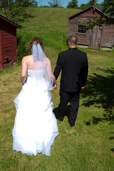 07-09-2011-Albright_Wedding_Homestead-2413