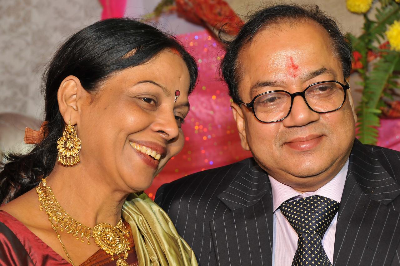 Manjula & Anil Kumar (parents of Nimisha) in the wedding of Nimisha & Piyush Seth at Patna. Feb, 2008.