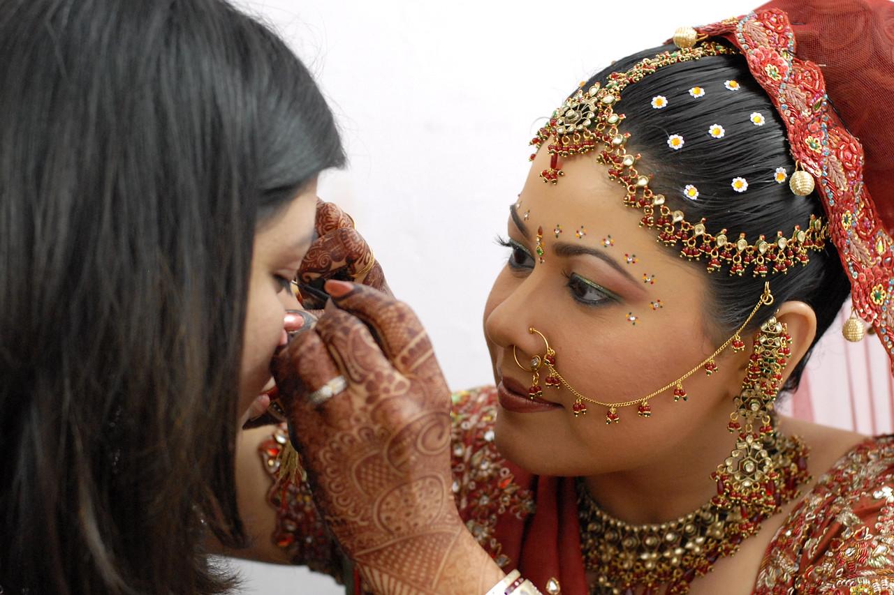 Priya Seth and Sumit Dargad's wedding in Mumbai (Bombay), Maharashtra, India. December 2007