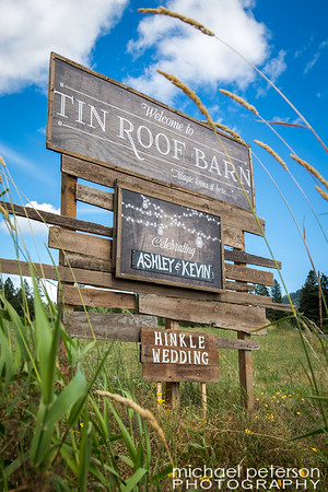 Tin Roof Barn Welcome Sign