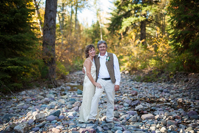 Fall elopement in Glacier Park