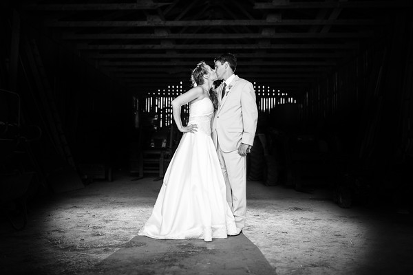 Deana & Chris - In the Barn