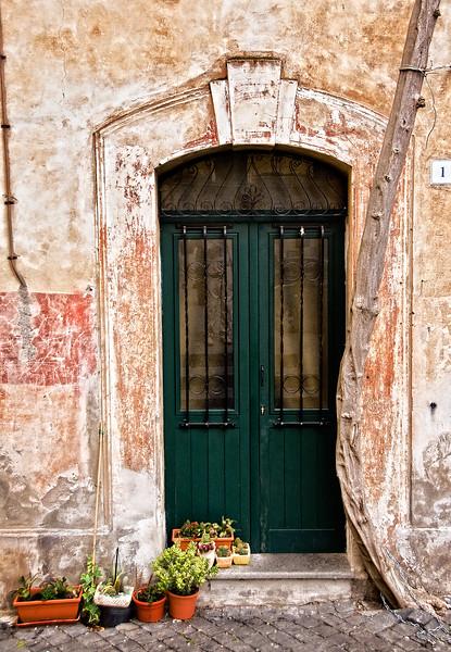 Tuscania doorway