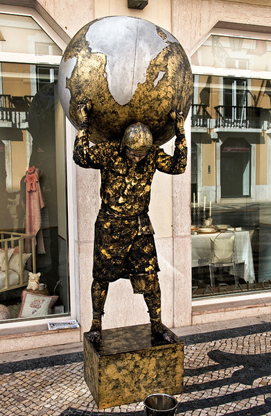 Lisbon, mime