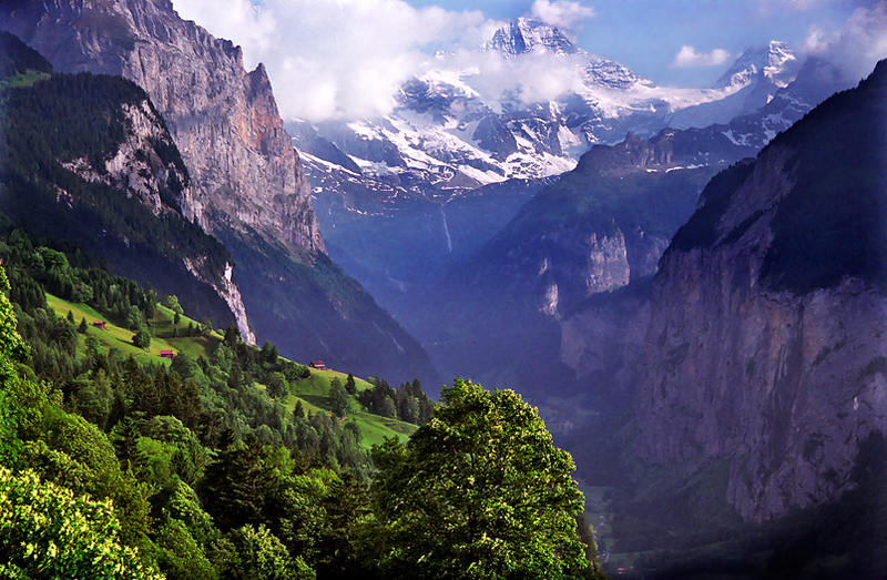 Lauterbrunnen Valley viewed from Wengen