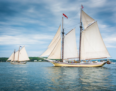 Heritage Entering Boothbay Harbor