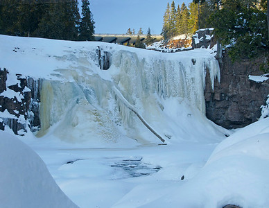 Lower Gooseberry Falls Dec 2007