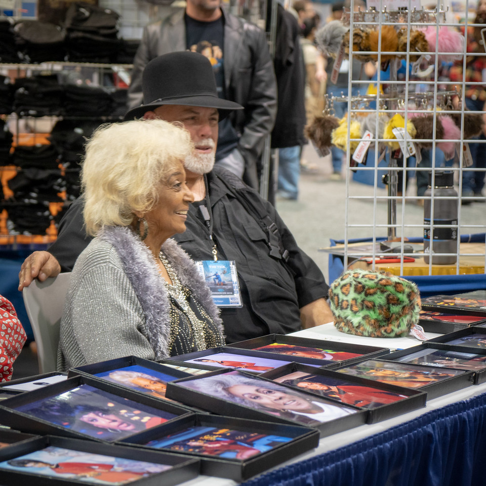 Special guest, Nichelle Nichols, at the Tribbles booth, WonderCon 2019